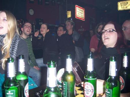 Das Publikum rockt mit